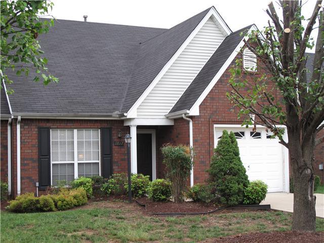1817 Thomas Ct, Murfreesboro, TN 37127