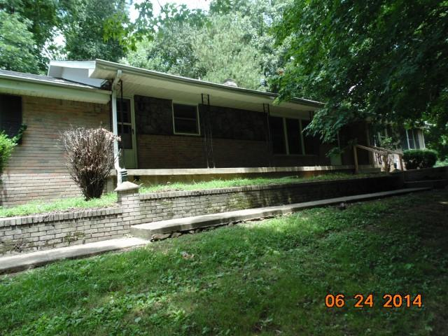 3801 Blooming Grove Rd, Woodlawn, TN 37191