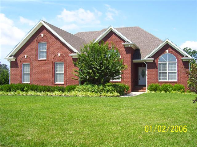 832 Savannah West Ct, Springfield, TN 37172