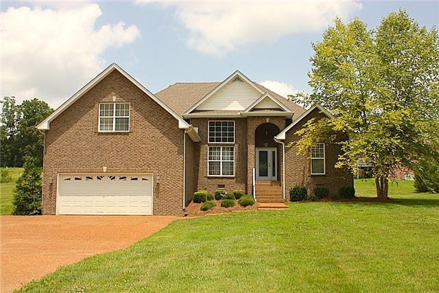 3557 Old Greenbrier Pike, Springfield, TN 37172
