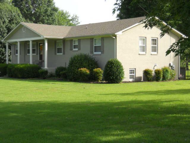 114 Sunnyside Ln, Columbia, TN 38401