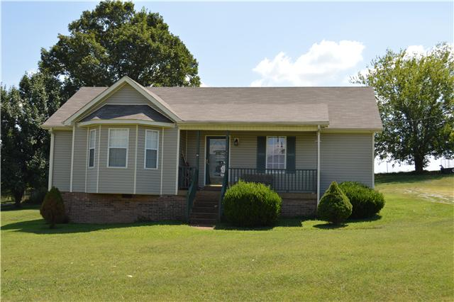 421 Maplewood Dr, Cornersville, TN 37047