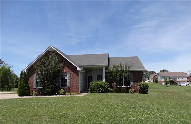 302 Bailey Ln, Pleasant View, TN 37146