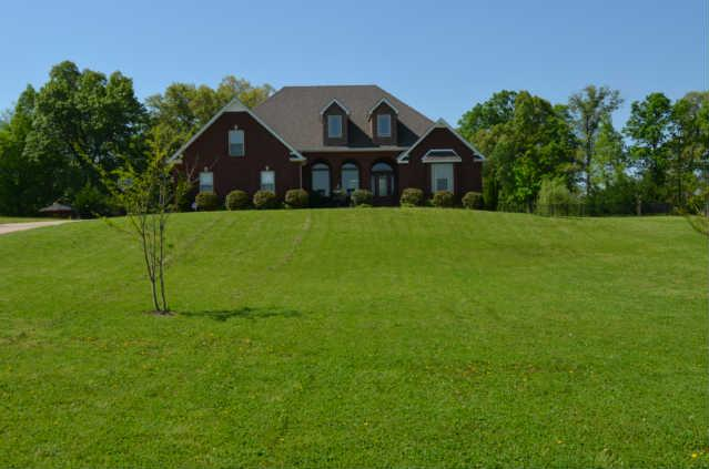 2130 Trieste Trl, Adams, TN 37010