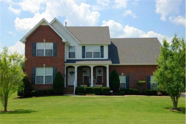 419 Valley View Dr, Smyrna, TN 37167