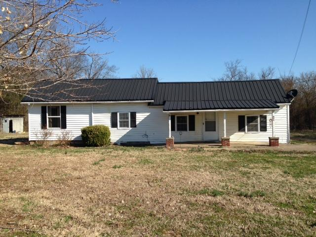 8918 Carlton Rd, Christiana, TN 37037