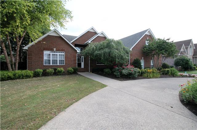 411 Elaina Ln, Murfreesboro, TN 37128