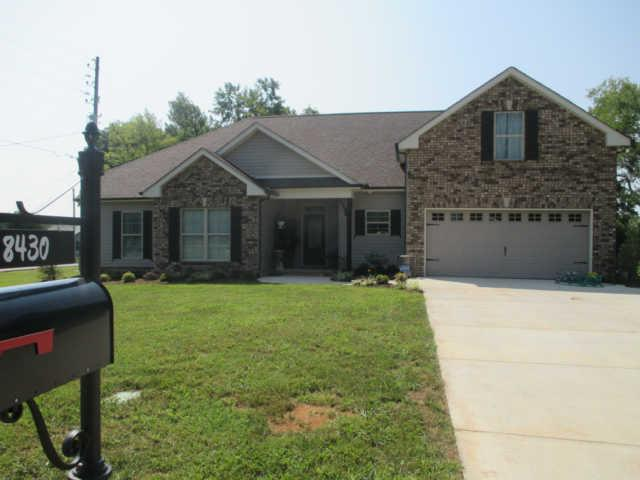 8415 Manor Farm Dr, Murfreesboro, TN 37129