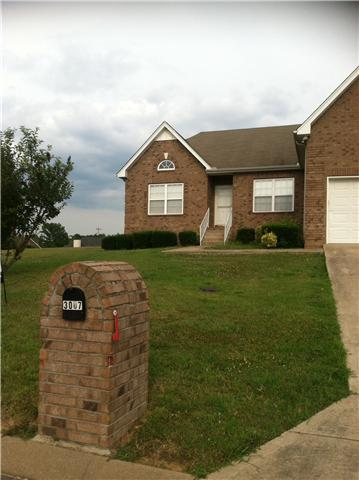 3007 Lookout Pt, Greenbrier, TN 37073
