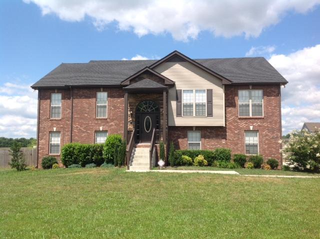 4586 Grovewood Ct, Clarksville, TN 37040
