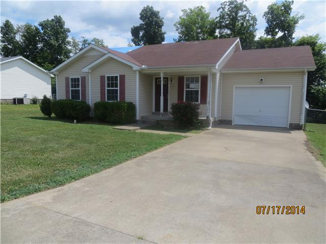 277 Golden Pond Ave, Oak Grove, KY 42262