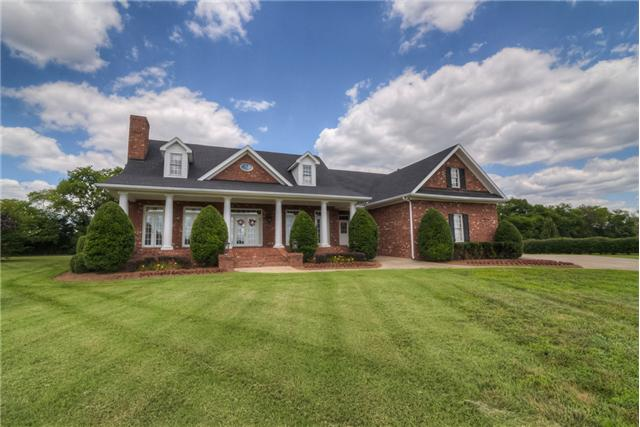 103 Churchill Farms Dr, Murfreesboro, TN 37127