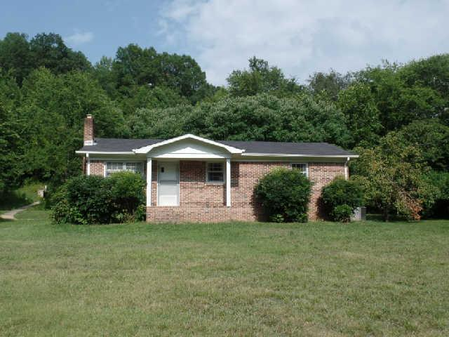 1249 Dog Branch Rd, Goodspring, TN 38477
