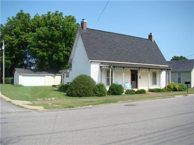 518 S 2nd St, Pulaski, TN 38478