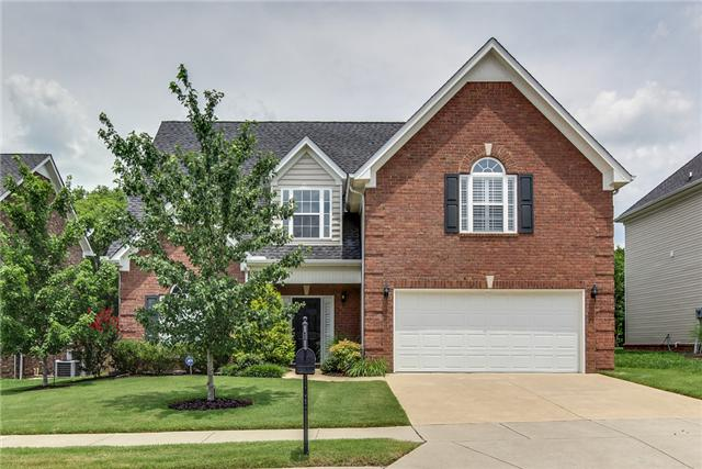 4048 Locerbie Cir, Spring Hill, TN 37174