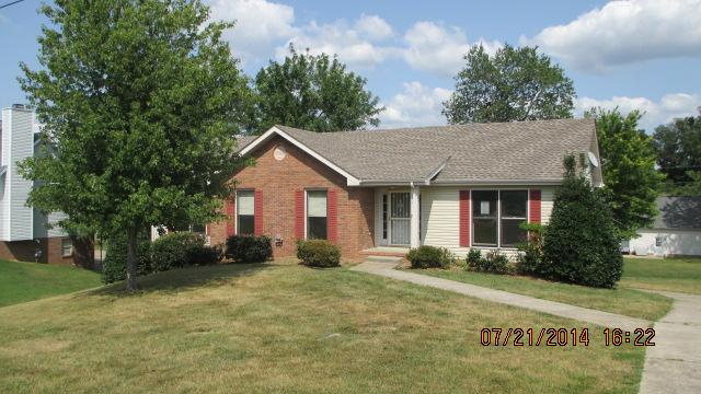 153 Old Farmers Rd, Clarksville, TN 37043