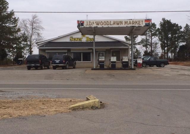 2855 Woodlawn Rd, Woodlawn, TN 37191