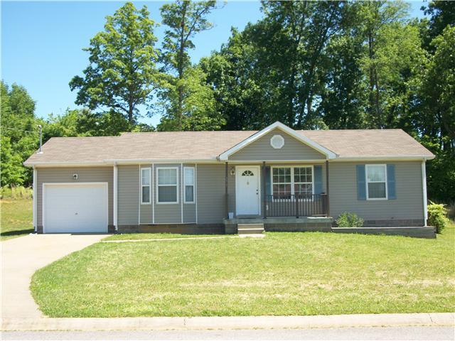 271 Golden Pond Ave, Oak Grove, KY 42262