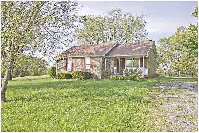 620 Cayce Dr, Clarksville, TN 37042