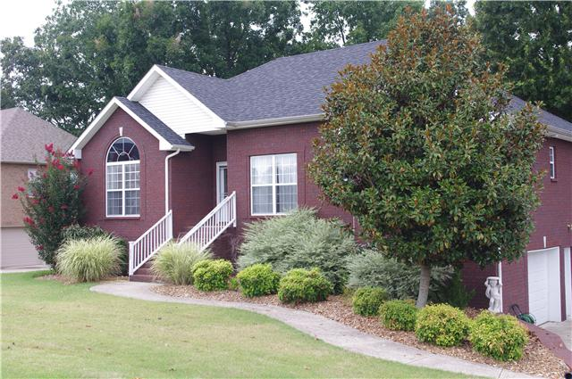 1022 Vista Dr, Greenbrier, TN 37073