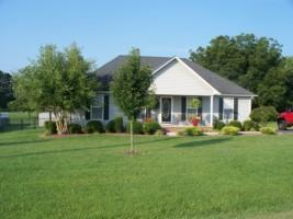 145 Greenwood Dr, Smithville, TN 37166