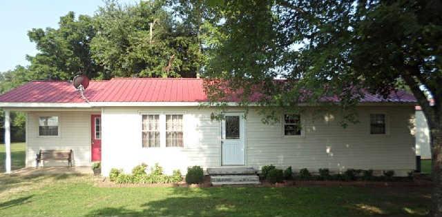 105 Stratton Rd, Huntland, TN 37345