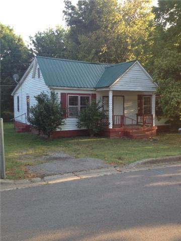 106 Stacker Dr, Clarksville, TN 37040