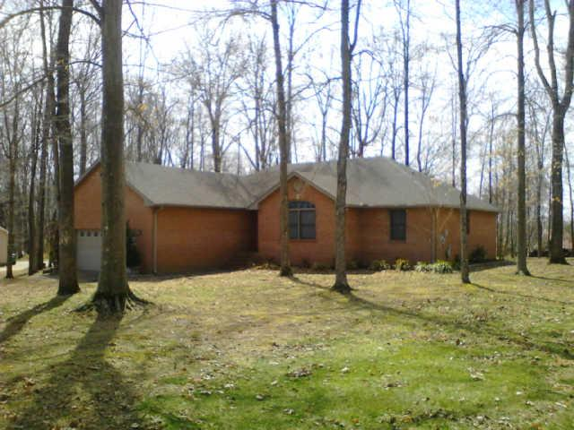2068 Linnwood Way, Greenbrier, TN 37073