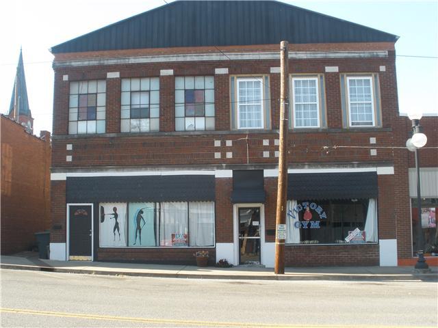 218 N 1st St, Pulaski, TN 38478