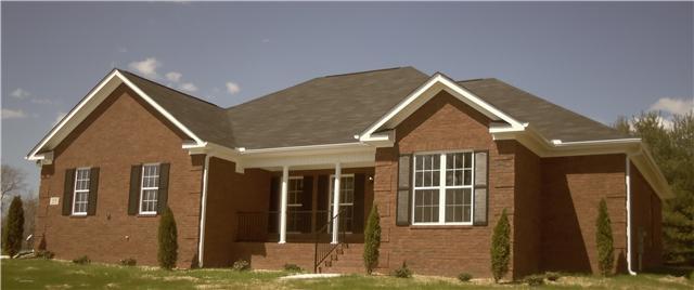25 Brookwood Dr, Fayetteville, TN 37334