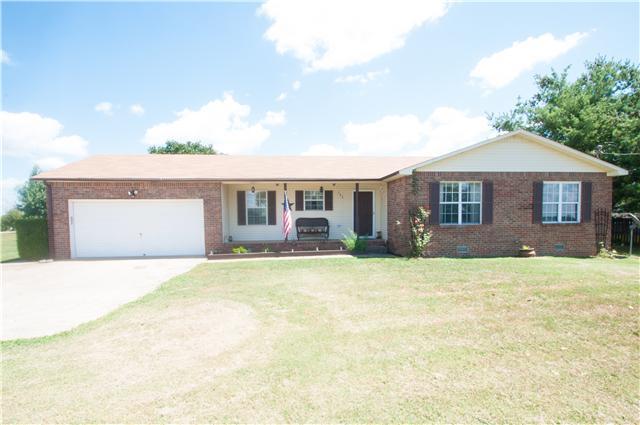 702 Hugh Hunter Rd, Oak Grove, KY 42262