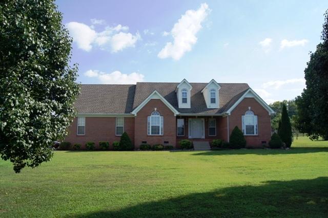 1716 Burkewood Dr, Columbia, TN 38401