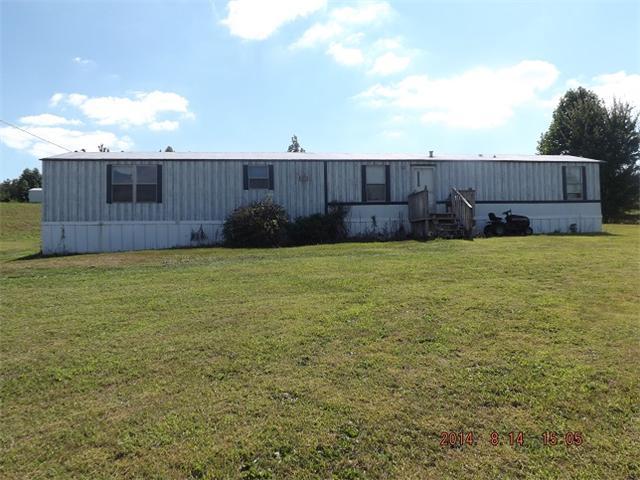 200 Cumberland Dr, Summertown, TN 38483