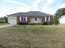 8640 Kingman Ct, Oak Grove, KY 42262