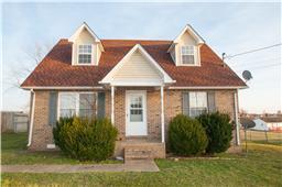 212 Golden Pond Ave, Oak Grove, KY 42262