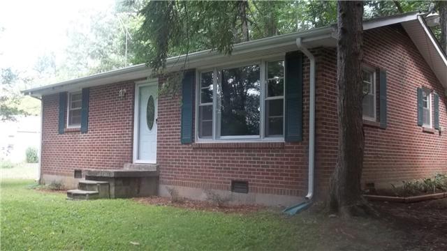 310 Lakeview Dr, Pegram, TN 37143