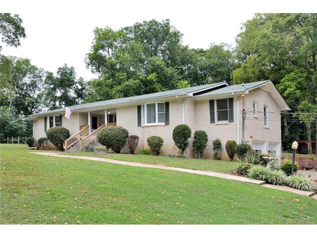 418 Mountain View Dr, Pulaski, TN 38478