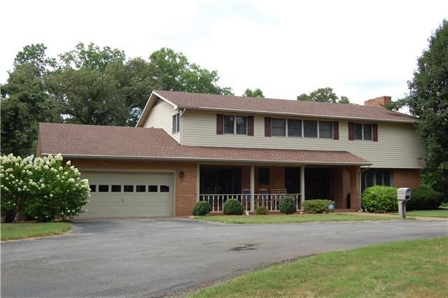 60 W Lilac Ln, Clarksville, TN 37042