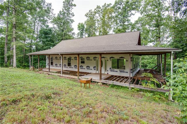 980 Jordan Cir, White Bluff, TN 37187