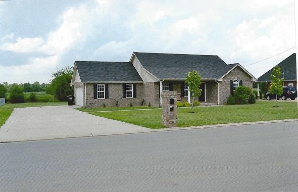 2913 Ridgewood Dr, Christiana, TN 37037
