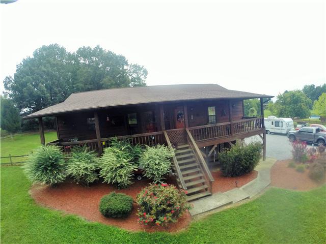 2554 Toler Ct, Woodlawn, TN 37191