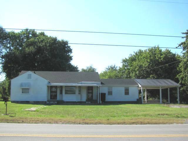 372 Ardmore Hwy, Fayetteville, TN 37334