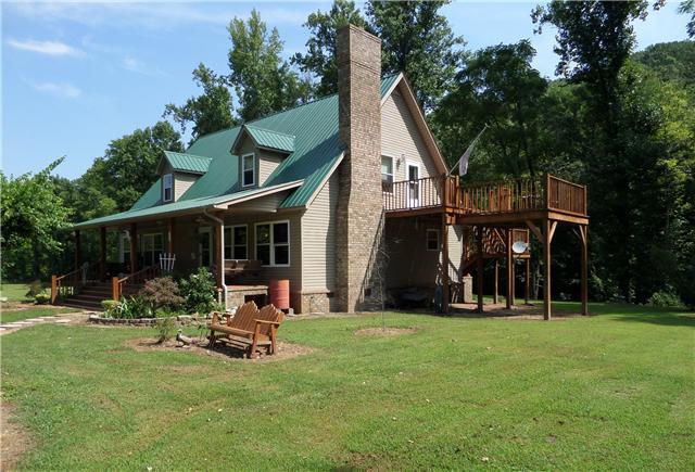 299 Wildberry Ln, Collinwood, TN 38450