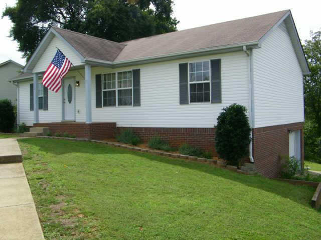 1332 Chucker Dr, Clarksville, TN 37042