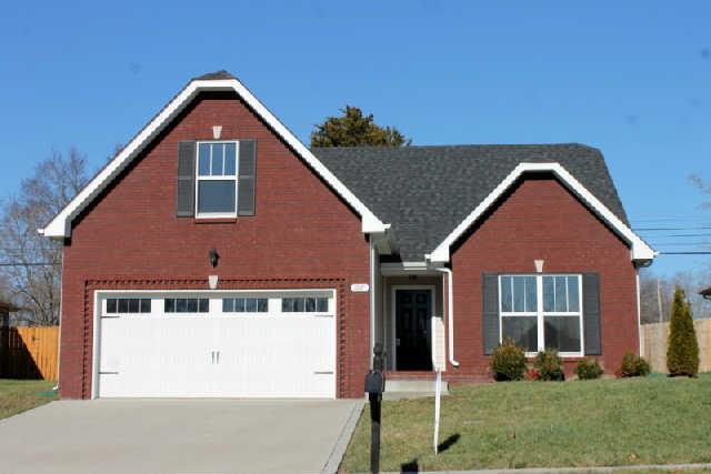 1021 Orchard Hills Dr, Clarksville, TN 37040