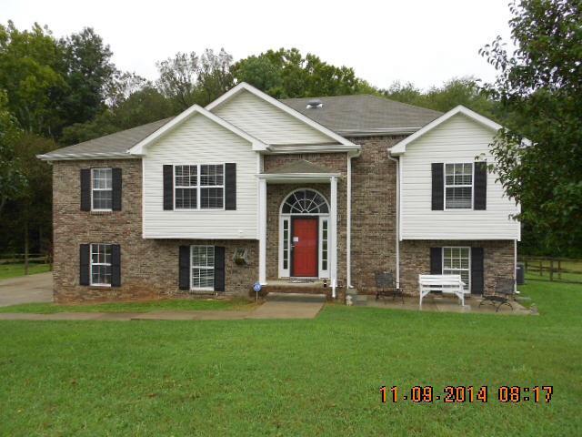 3423 N Henderson Way, Clarksville, TN 37042