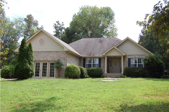 3909 Lake Rd, Woodlawn, TN 37191