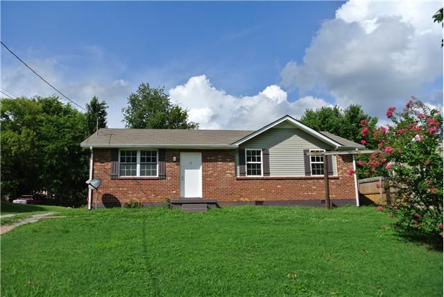 1543 Cherry Tree Dr, Clarksville, TN 37042