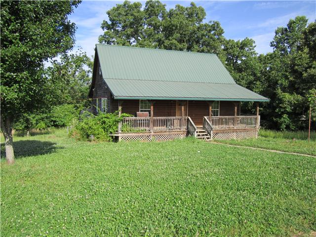 3226 Lewis Atkins Rd, Woodlawn, TN 37191