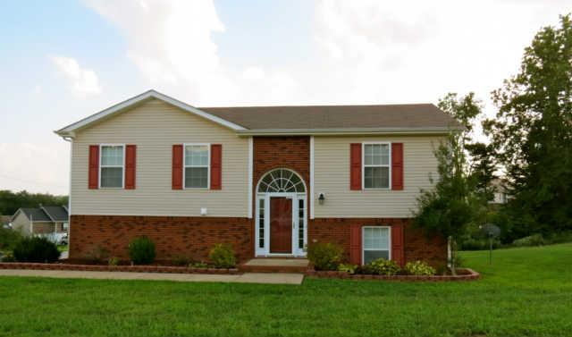 3125 Little Grove Ln, Clarksville, TN 37042